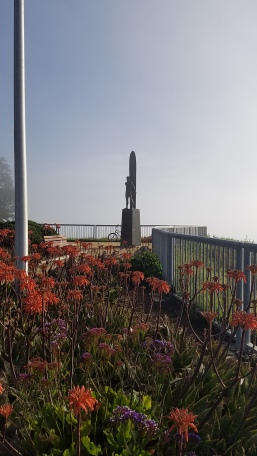 AM-monument-0-20170401_090127